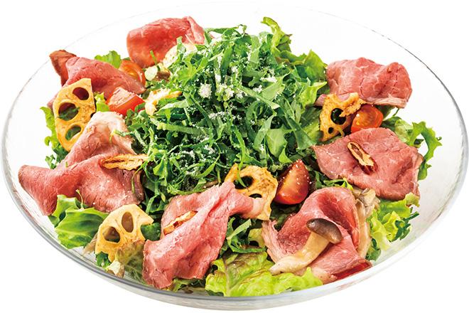 ローストビーフと国産ケールのサラダ