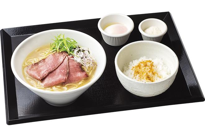 鶏白湯仕立てロービー麺セット