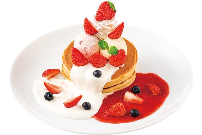 2種のソース(苺&ミルキー)と食べるストロベリーホットケーキ