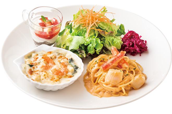 ずわい蟹と北海道産帆立のアメリケーヌソーススパゲティー&シーフードグラタン