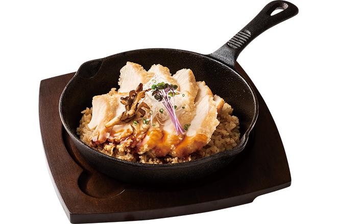 オメガバランス国産あまに鶏むね肉の竜田揚げ焼きごはん(サラダ付)